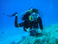 Blue Angel Scuba School student diver during Digital Underwater Photography course