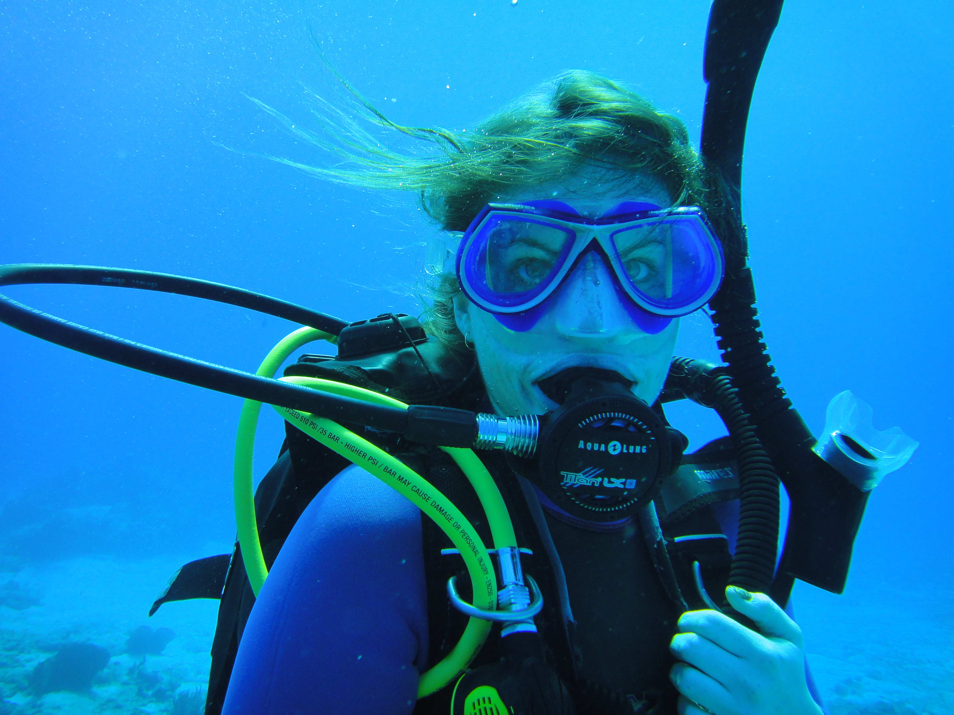 Summary -  Miss Scuba Dive Gear With Girls In Mind 1e34864ee